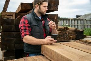 Beschäftigte in der Zeitarbeit: Durch ihren Einsatz in verschiedenen Unternehmen wichtige Praxiserfahrungen sammeln