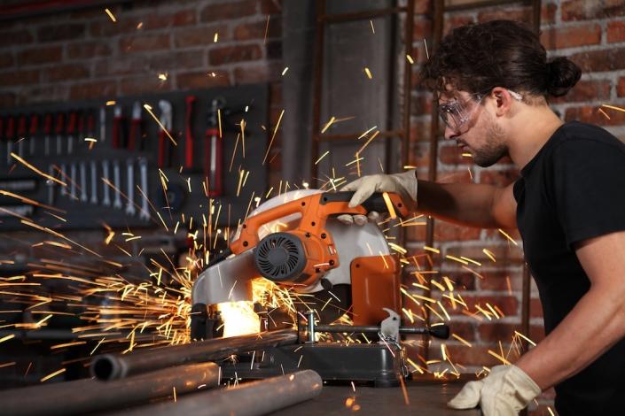 Das Thema Arbeitsschutz und das entsprechende Unfallrisiko ist stark von der Branche abhängig
